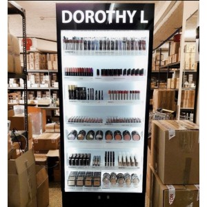 DorothyL Makeup Stand